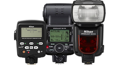 Photo of 2 Nikon Speedlight flashes and the SU-800