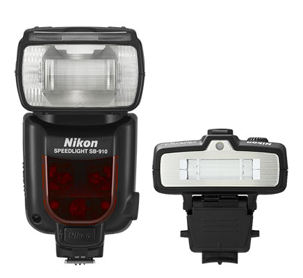 Product shot of the Nikon SB-R200 and SB-700 Speedlights