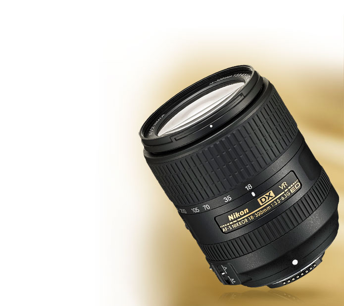 Product photo of the AF-S DX NIKKOR 18-300mm f/3.5-6.3G ED VR lens