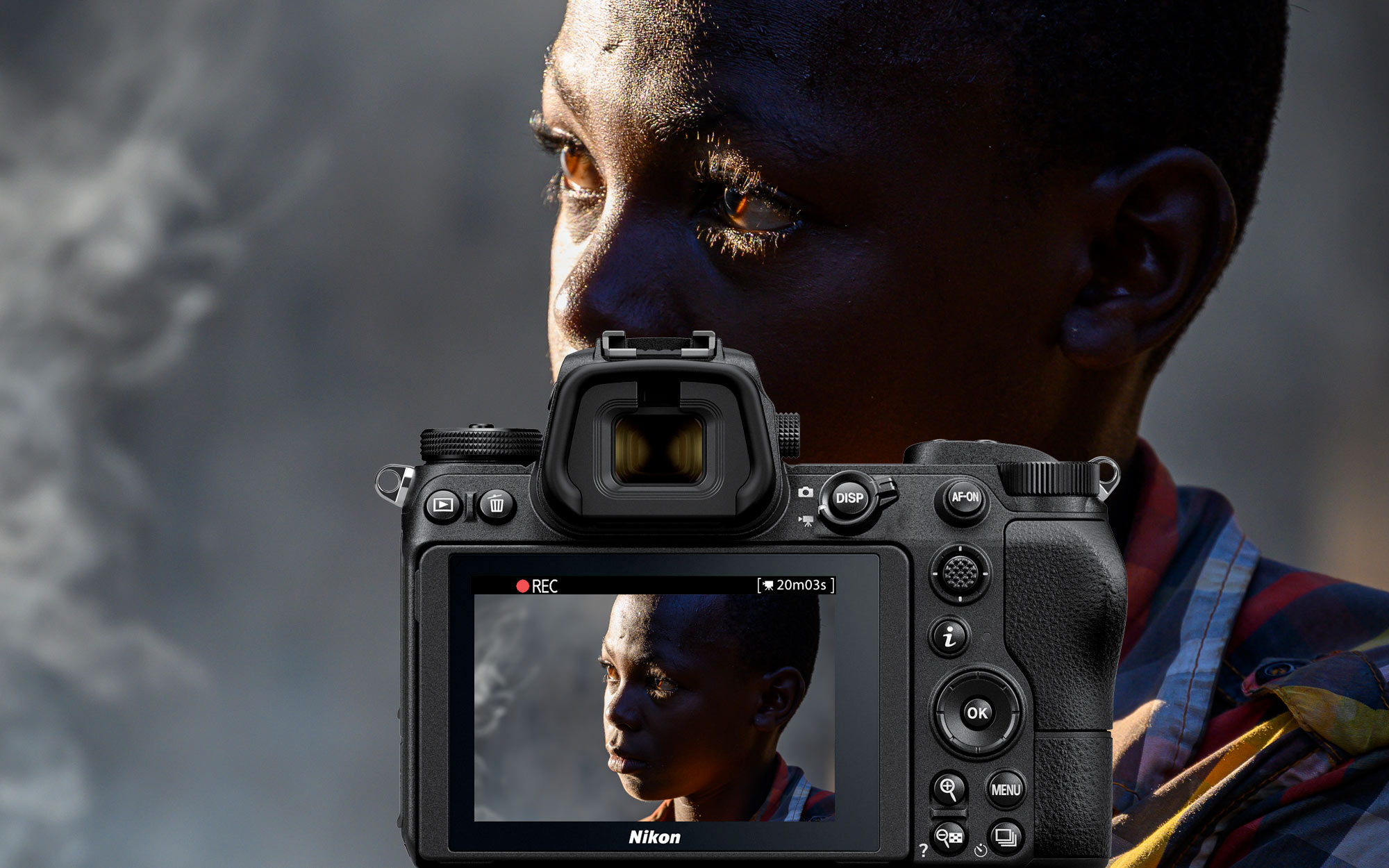 Photo of a person's face, with a Z camera inset and the same image on the LCD, taken with the NIKKOR Z 24-200mm f/4-6.3 VR
