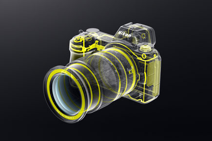 illustration of the weather sealing of the Z 7 and NIKKOR Z 24-70mm f/4 S lens