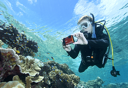 Photos of a SCUBA diver with the W300