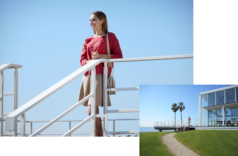 COOLPIX A300 photo of a woman leaning on a railing, inset with a wide shot of the same scene