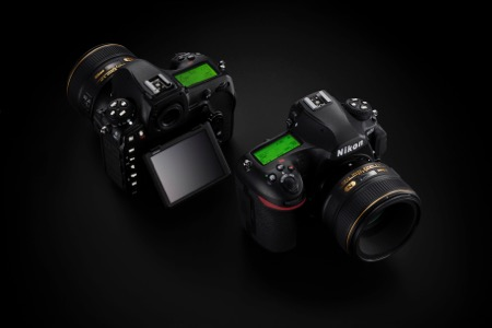 Product shot of the D850 front and back views