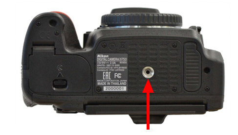 D750 black dot indicator