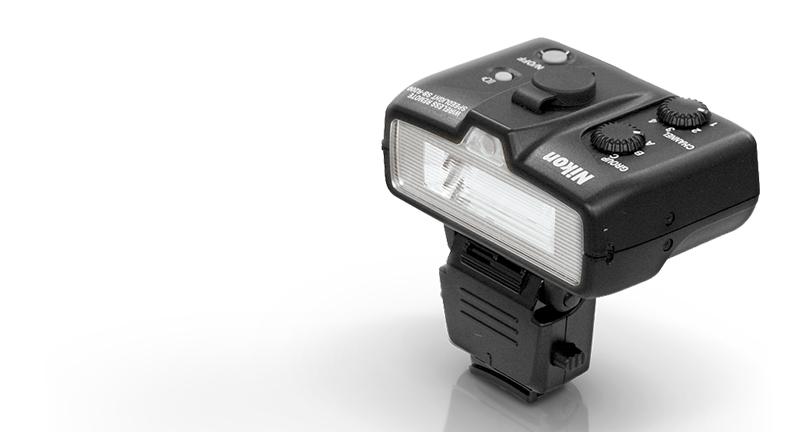 product photo of the SB-R200 Speedlight