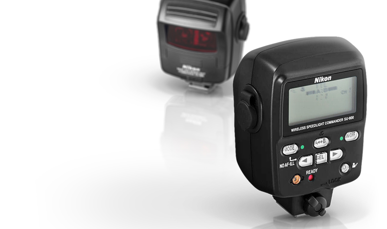 SU-800 Wireless Speedlight Commander product view front and rear