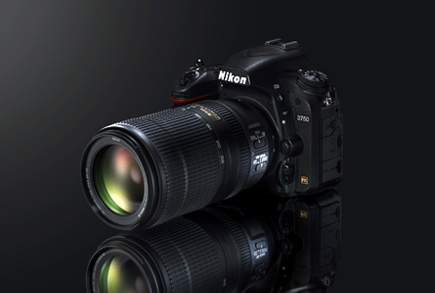 photo of a Nikon DSLR and the AF-P NIKKOR 70-300mm f/4.5-5.6E ED VR lens