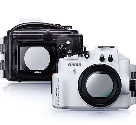 Front and rear views of the NP-W3 waterproof housing for the Nikon 1 J4 and S2