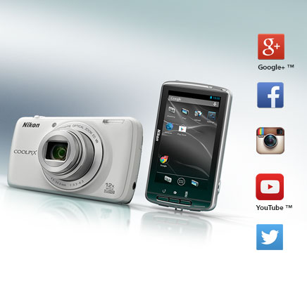 Product photo of the front and back LCD of the COOLPIX S810c camera and the icons for Google+, Facebook, Twitter, Instagram and YouTube
