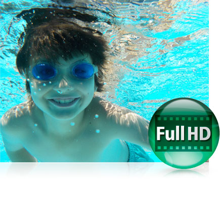 Photo of a boy underwater, wearing blue goggles and the Full HD video icon